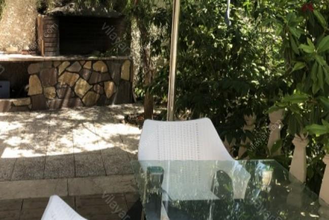 اجاره ویلای لوکس در کردان با استخر