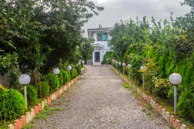 رزرو ویلا استخردار در رامسر