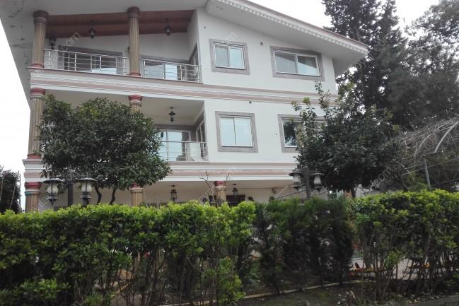 اجاره آپارتمان دریاکنار شهرک توریستی و زیبا