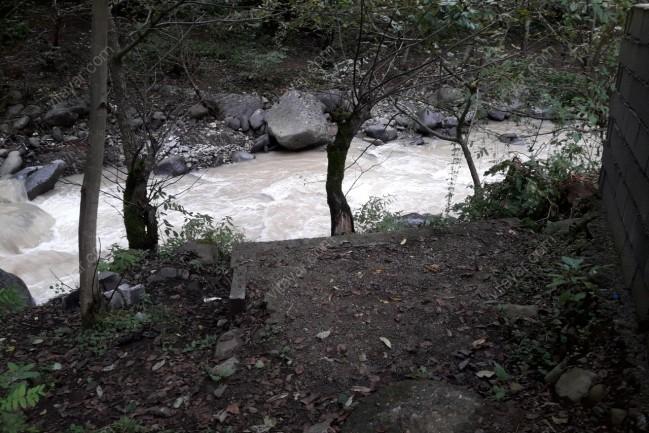 اجاره ویلا کنار رودخانه داخل جنگل در تالش