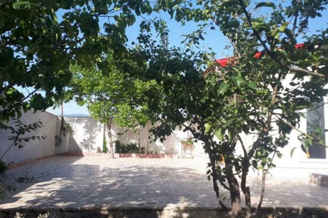 ویلا استخردار ساحلی برای اجاره شبانه در گیلان