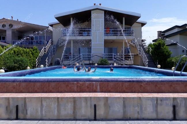 بوتیک ویلا مهسا (شهرک برند- ساحلی-استخر روباز)