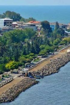بلوار ساحلی بندر انزلی