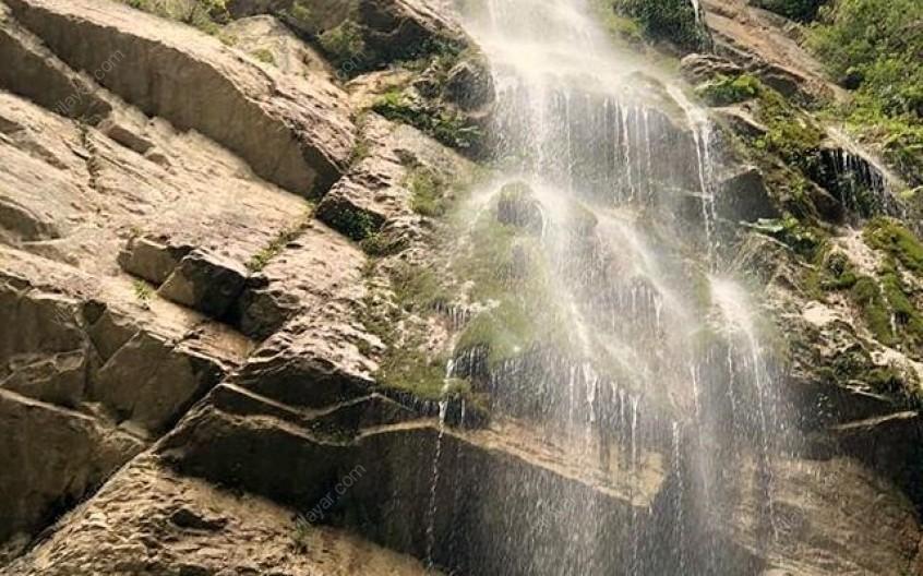 آبشار گردوک؛ آبشاری بکر در کلاردشت
