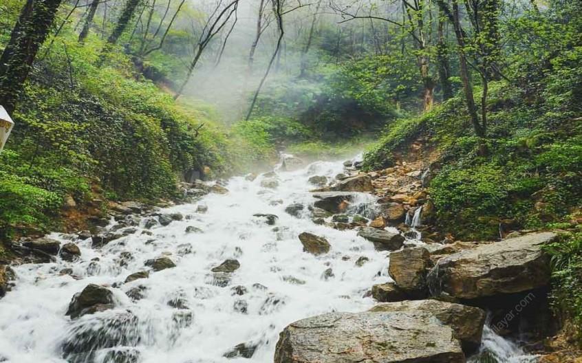 آبشار آب پری؛ متفاوتترین آبشار مازندران