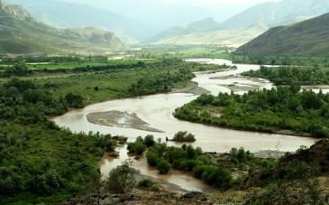 بازدید از رود خروشان هراز