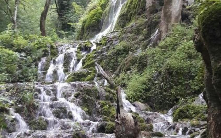 آبشار سنگده کجاست؟