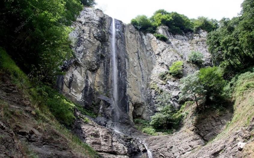 آبشار شاهان دشت؛ دیدنی ترین منطقه در مازندران
