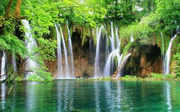 آبشار کیمون جزو جاذبه های گردشگری کدام استان می باشد؟