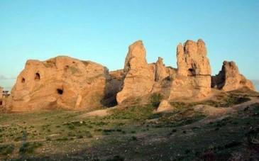 قلعه کول؛ جاذبه ای که نباید بازدید از آن را به تعویق انداخت!